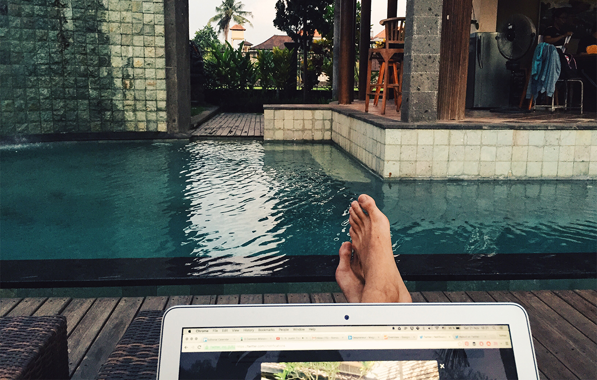 digital nomad office - tomas laurinavicius